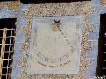 medium_Morvan-chateau-de-Bazoches-Cadran-Solaire.jpg