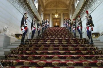 medium_senat_escalier_honneur.jpg