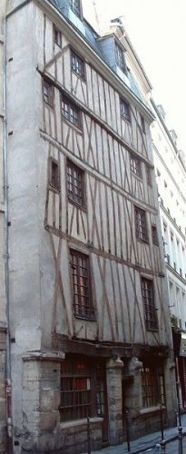 maison_17eme_siecle_du_3_rue_volta.jpg