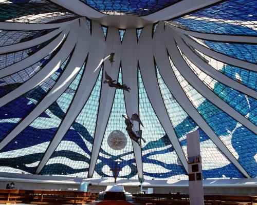 3_Catedral_de_Brasilia.jpg